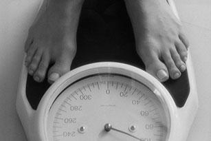 Feet-on-scale-72dpi-web
