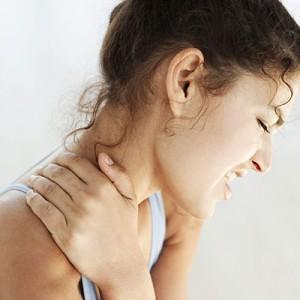 Woman-in-pain-400x400-web